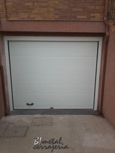 Puertas seccionales (10)