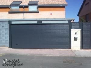 Puertas seccionales (8)